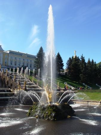 palacio ruso: Fuentes de Petergof, San Petersburgo, Rusia
