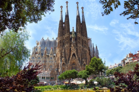 barcelona cathedral: La Sagrada Familia in Barcelona, designed by Antoni Gaudi Editorial