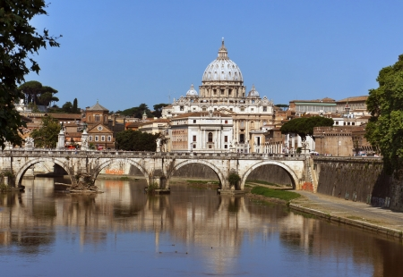 pietro: View of Saint Peter cathedral and bridge Saint Angel, Rome, Italy