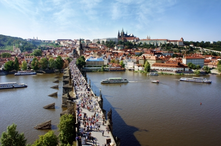 praha: View of the Lesser Bridge Tower of Charles Bridge, Prague, Czech Republic