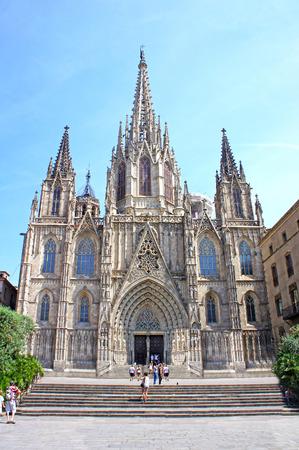 gotico: Catedral de la Santa Cruz y Santa Eulalia se encuentra en el corazón del Barri Gotic (Barrio Gótico), de Barcelona, ??España