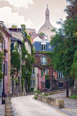 モンマルトル, パリ, フランスの通り 写真素材
