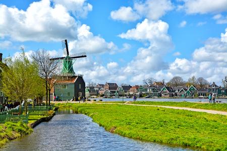zaandam: charming dutch village Zaanse Schans near Amsterdam, Netherlands