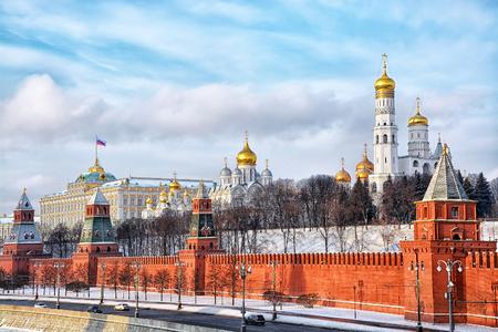 冬、ロシアのモスクワ クレムリンに見る