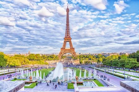 Eiffel Tower and fountain at Jardins du Trocadero, Paris, France.  Stock Photo