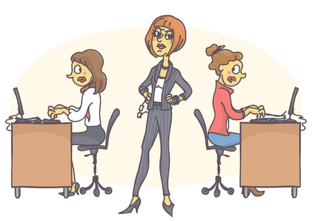 Managerin, die in entschlossener Haltung steht, sich streng umschaut, ängstliche Arbeiter arbeitet und alles in Stress tippt.