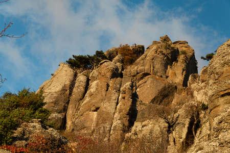 Stone peaks of Demerdzhi mountain in the setting sun. Standard-Bild