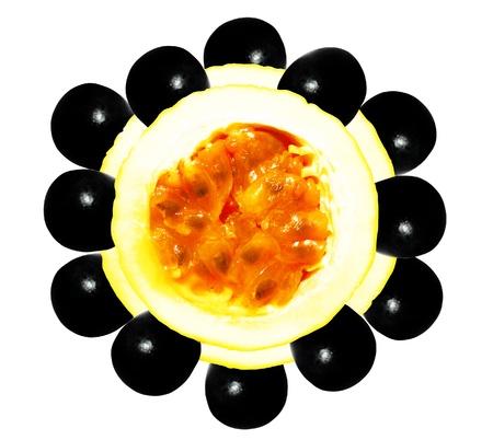 Fruta de la pasión con la abstracción negro Geometría uva Foto de archivo
