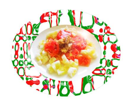 Ensalada de pepino con tomate y la caballa. Composición