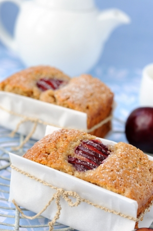 Rye cake with plums