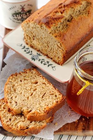 banana bread: Rye bread with banana and honey
