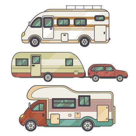旅行およびレクリエーションの輸送施設 - キャラバン - 家族の車を設定します。ベクトル図のモーター ホームが白い背景で隔離。フラット アイコン キャンプ バン。ファミリー観光の快適さのための車輪の上の家。