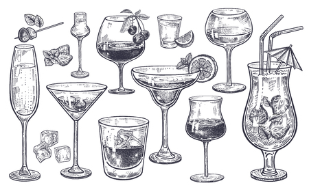 Set di bevande alcoliche Bicchiere di champagne, margarita, brandy, whisky con ghiaccio, cocktail, vino, vodka, tequila e cognac. Incisione d'epoca in bianco e nero isolata. Disegno a mano. Illustrazione vettoriale