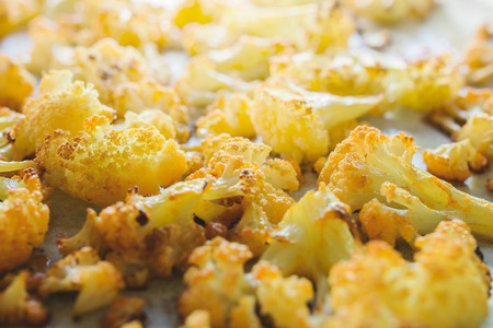 florets: Roasted cauliflower florets Stock Photo