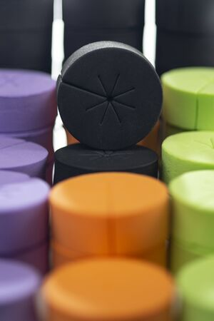 multicolored foam cloning collars for hidroponics and aeroponics 免版税图像