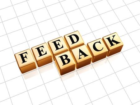 Gouden 3d kubussen met zwarte tekst feedback Stockfoto