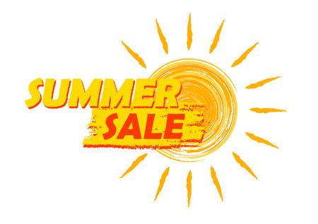 verano: bandera de la venta del verano - texto en la etiqueta amarilla y naranja dibujado con s�mbolo del sol, concepto de compras de temporada negocio