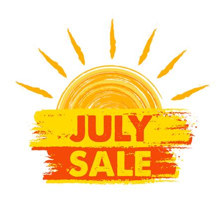 julio: julio Banner de venta de verano - etiqueta de texto en amarillo y naranja con el símbolo dibujado sol, el concepto de compra de temporada de presentación, vector
