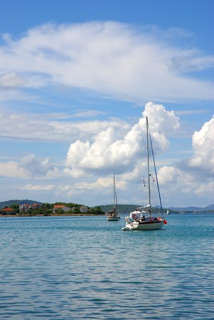 kornati: Kornati � un unico gruppo di isole del Mediterraneo.