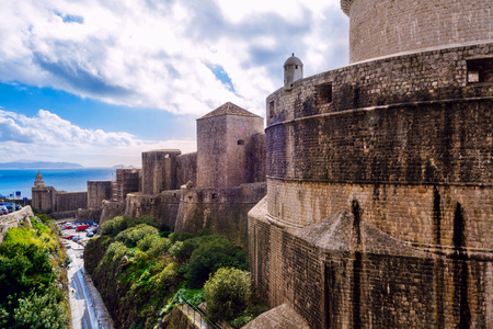 robust: The outer walls of the old city of Dubrovnik