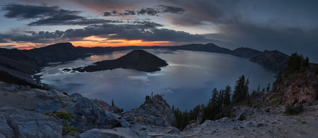 crater lake: Crater Lake national park oregon