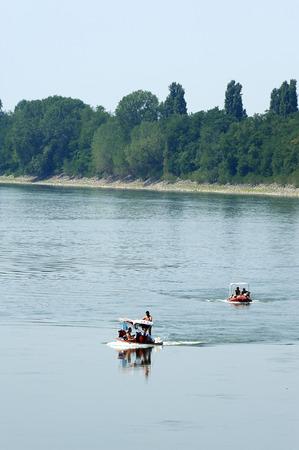 outboard: Stagno Lombardo (Cr), the Po River