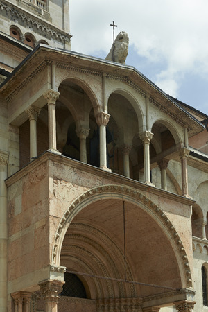 portal: Modena,Italy, Cathedral ,detail of the porch of the Portal Regia , of the thirteenth century