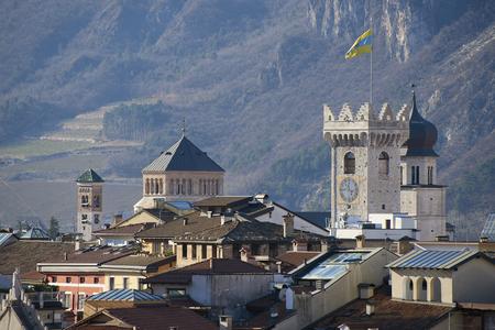 트 렌토, 이탈리아, 시민 타워와 종탑 전망 스톡 콘텐츠