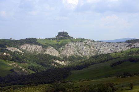 Canossa (Re),Italy, the gullies near the cliff of the castle of Matilde of Canossa Foto de archivo - 101379428