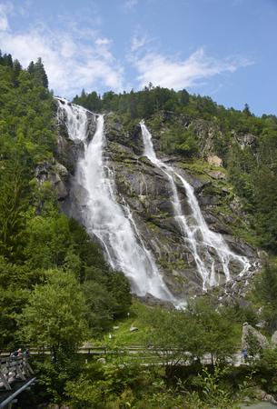 Carisolo, Val di Genova (Tn), Italy, the Nardis Cascade Foto de archivo - 112600258