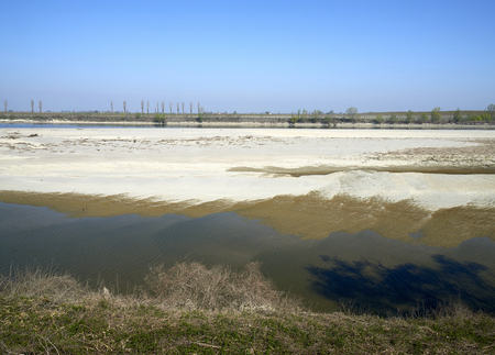 The dry Po river caused the drought, Portiolo (Mn),Italy Foto de archivo - 122847884