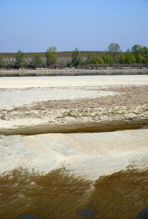 The dry Po river caused the drought, Portiolo (Mn),Italy Foto de archivo - 122848005