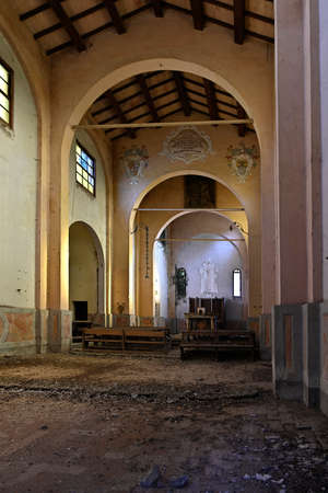 Moso (Cr), Italy, the deconsecrated and decrepit church of St. Cahterine Stock fotó