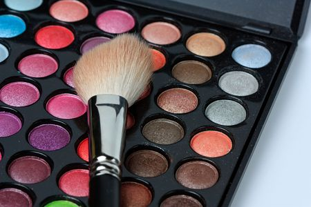 Makeup pallete with brush