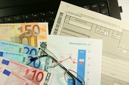 omzet: omzet aangifte belasting Stockfoto