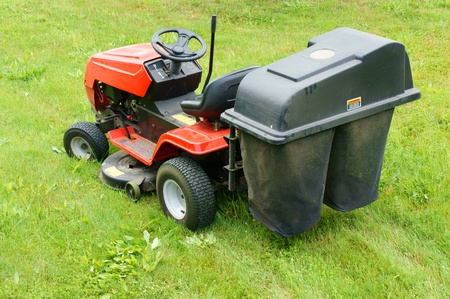riding mower photo