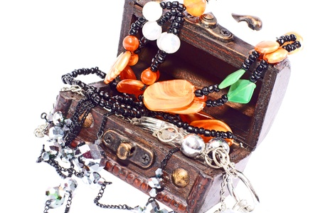 Treasure Chest with jewelry Stock Photo - 11768780