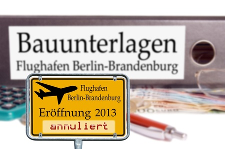 brandt: file folder with the german words construction documents - airport bbi
