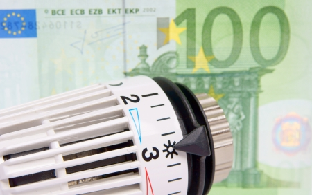 Thermostat with 100 euro note Stock Photo - 17837600