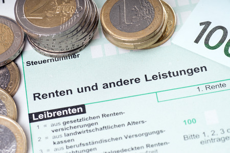 taxman: german Form for pension tax return