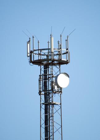 extensible: Mast Wireless y el cielo azul Foto de archivo