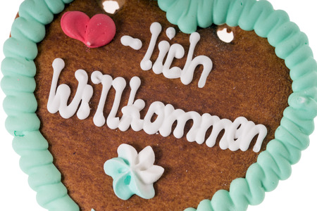 gingerbread heart: Gingerbread heart with the words warm welcome