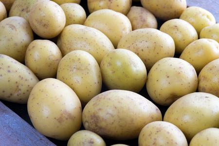 aliments: many potatoes in a heap