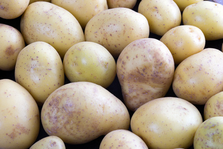 aliments: de pommes de terre dans un tas Banque d'images