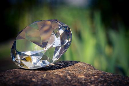 Diamond in the sunlight Standard-Bild - 100806817