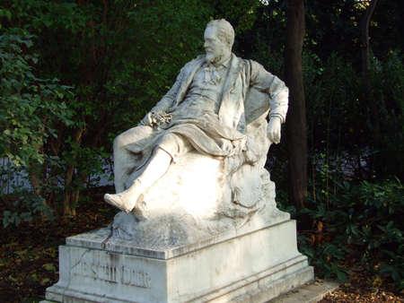 Emil Jakob Schindler monument (Emil-Jakob-Schindler-Denkmal, Wien) - Vienna, Austria
