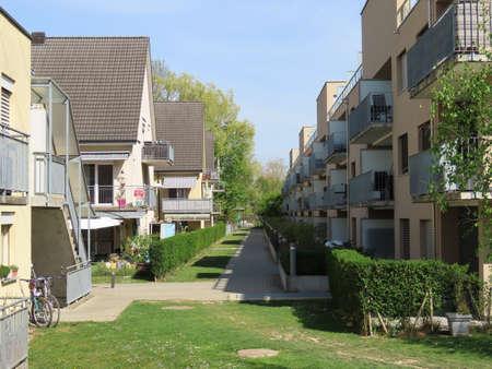 Residential buildings and a spring setting in the Zurich suburbs - Canton of Zürich (Zurich or Zuerich), Switzerland (Schweiz) Foto de archivo