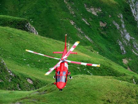 Rega - Swiss Air-Rescue or Swiss Air-Ambulance Helicopter - Die Rega Rettungshelikopter (Rettungsflugwacht und Garde Aeriènne), Innertkirchen - Canton of Bern, Switzerland (Kanton Bern, Schweiz) Publikacyjne