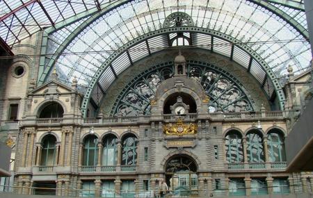 antwerp: Antwerp train station