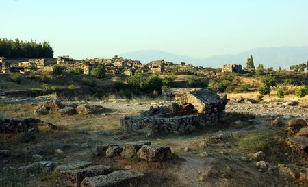 Hierapolis, ancient Hellenistic city, today in ruins, located in the current pamukkale, turkey Banque d'images